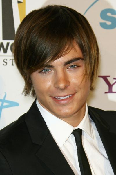 zac efron hairstyles. zac efron haircut 2009.