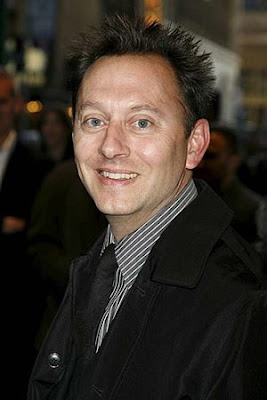 How tall is michael emerson