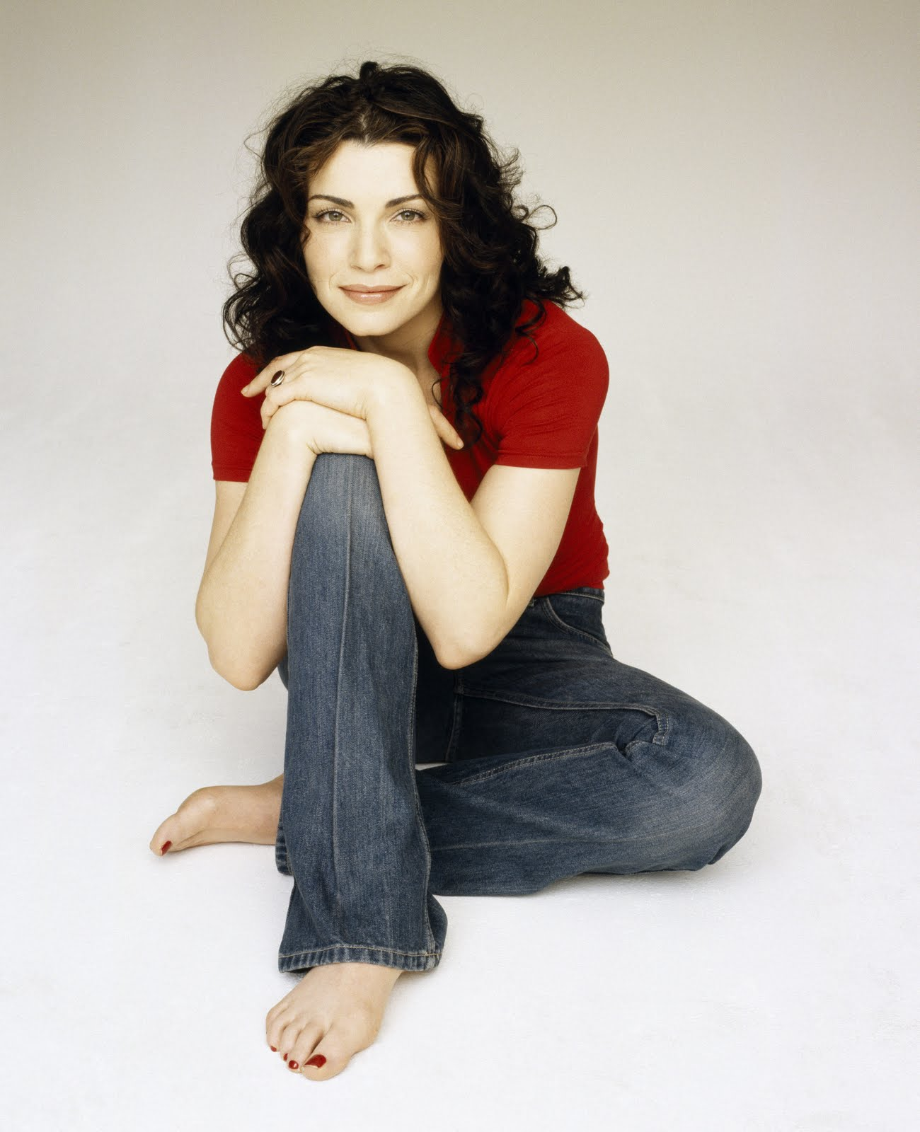 Julianna Margulies is an excellent American actress, perhaps best