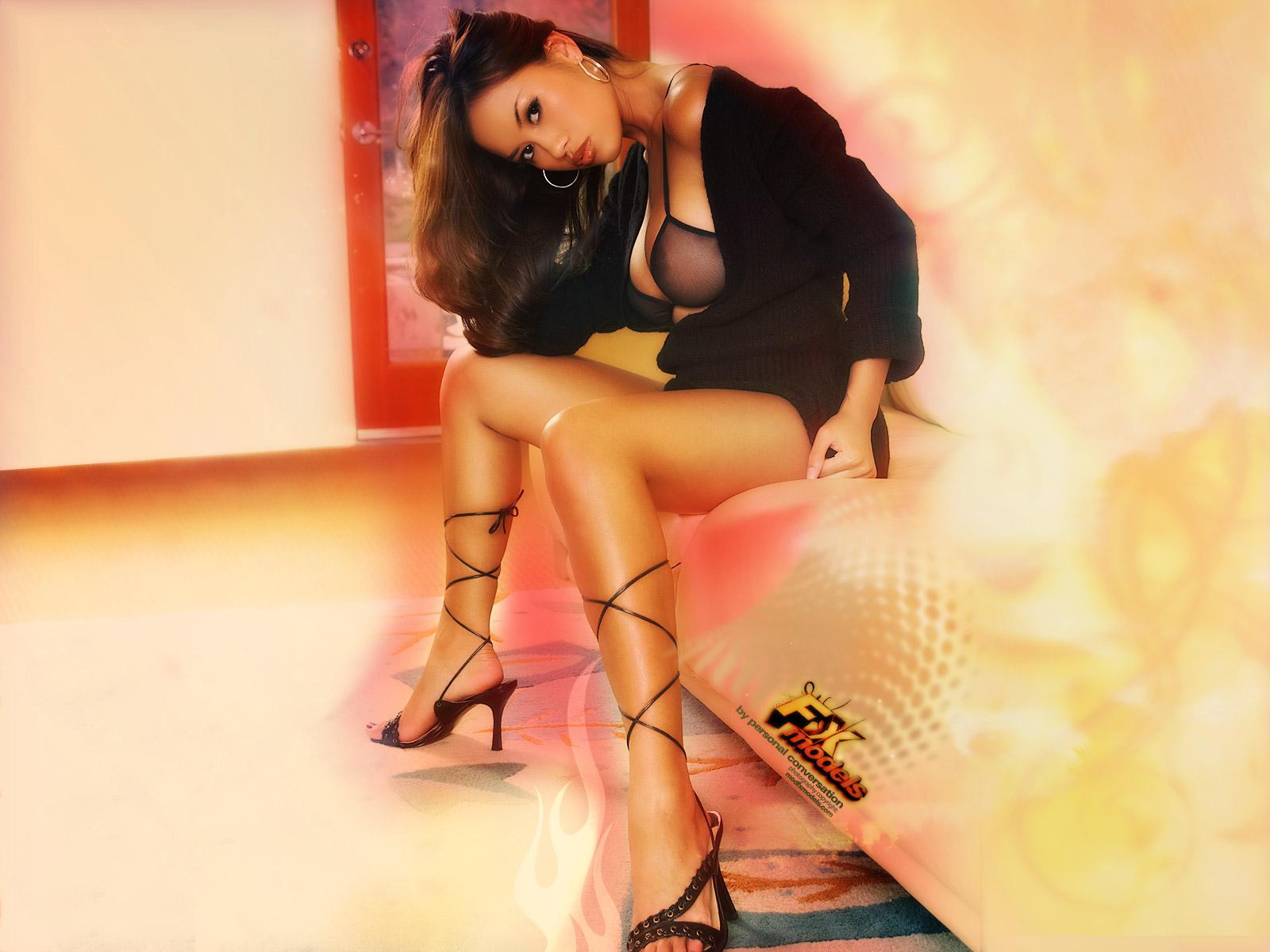 http://3.bp.blogspot.com/_UaLWp72nij4/S-m4zY_y8rI/AAAAAAAAKmY/_OU3EBEcX6k/s1600/kay-sivilay-feet.jpg