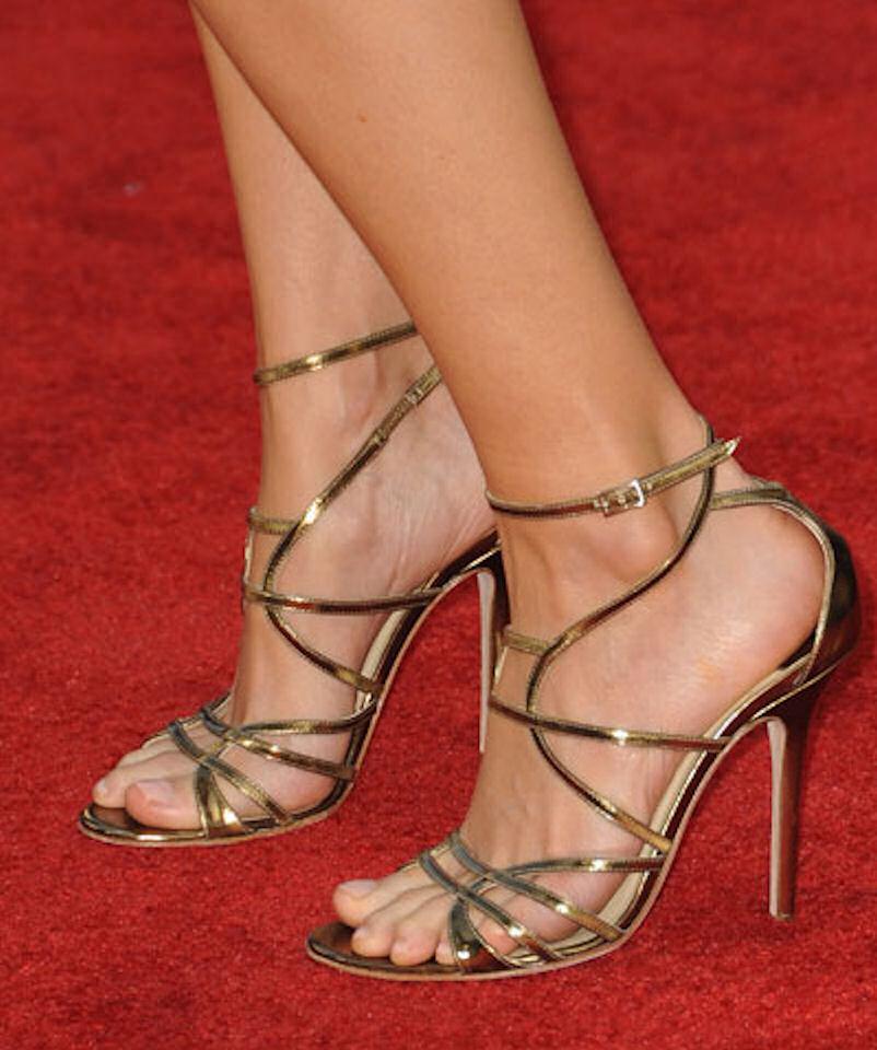 My Celebrity: Heather Graham Feet