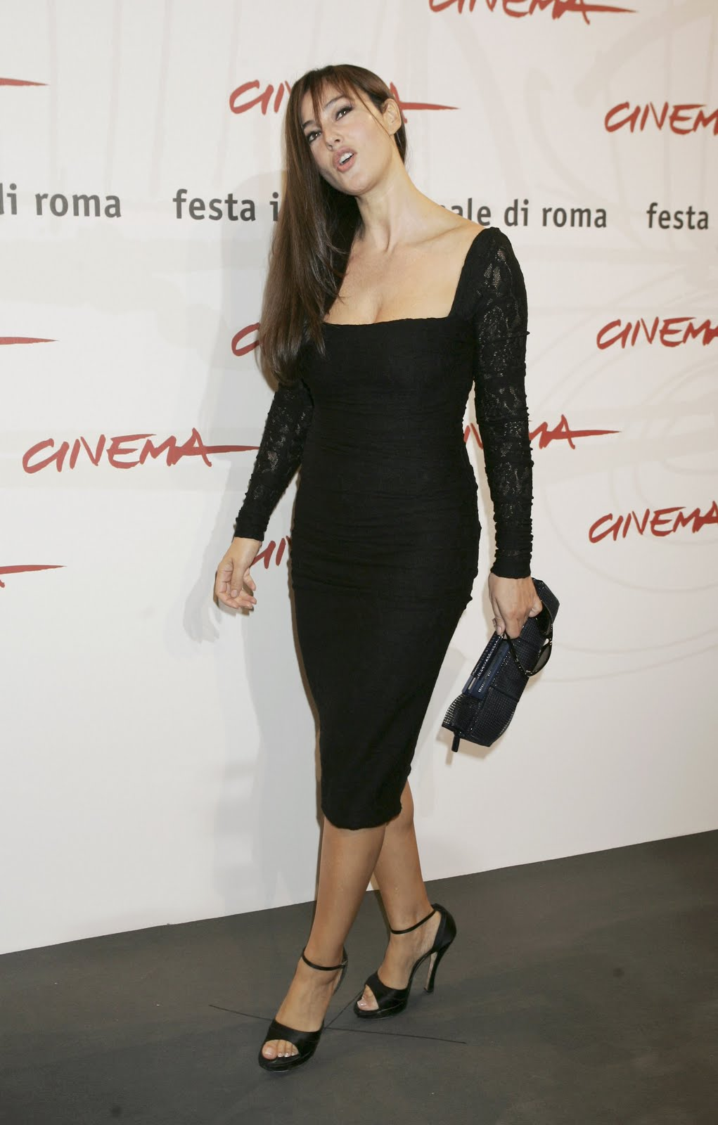 Monica Bellucci Shoe Size