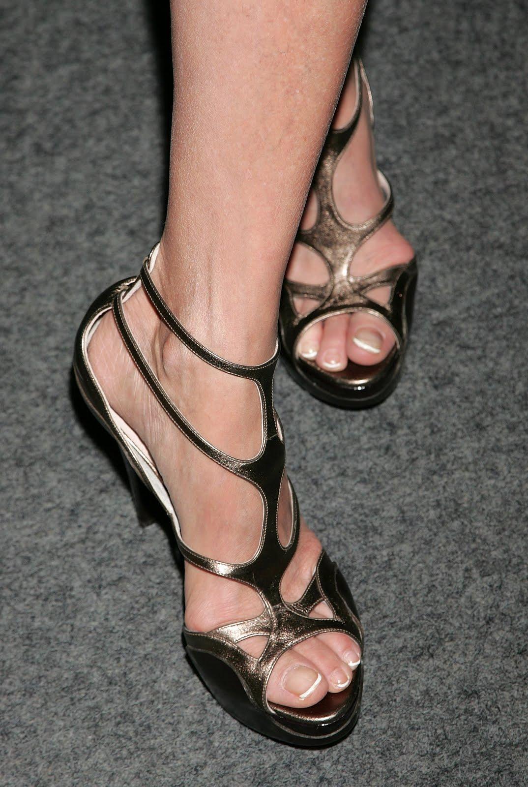 Lisa Edelstein FeetLisa Whelchel Legs