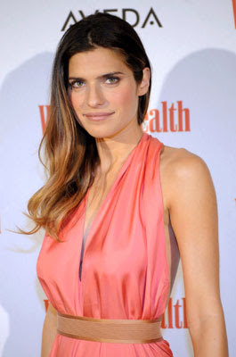 Lake Bell Bra Size, Celebrity Breast And Cup Size - Lake Bell ...
