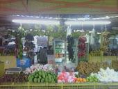 kedai buah-buahan..