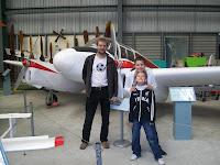 Flugmaschinen und Kiwis