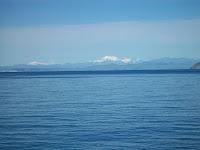 Die Berge der Südinsel sind bereits in Sicht