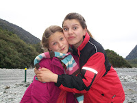 Sich liebende Schwestern