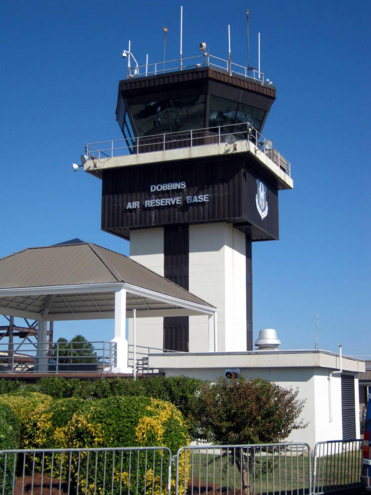 Ramblertrek wings over atlanta air show at dobbins afb for Dobbins homes