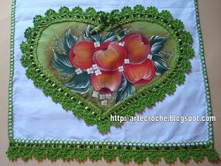 : قلوب من القماش بحواف من الكروشية ma%C3%A7a1.jpg