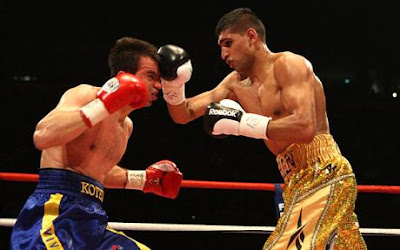 amir khan bolton boxer andreas kotelnik ukraine wba title fight