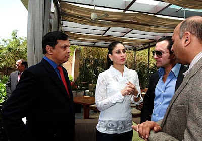 saif  and  kareena   want  to  enter  the  world  of  IPL .