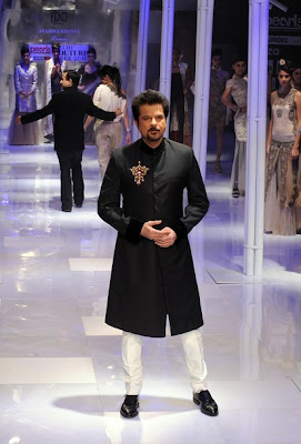 Anil Kapoor 's younger Daughter Name is Rhea