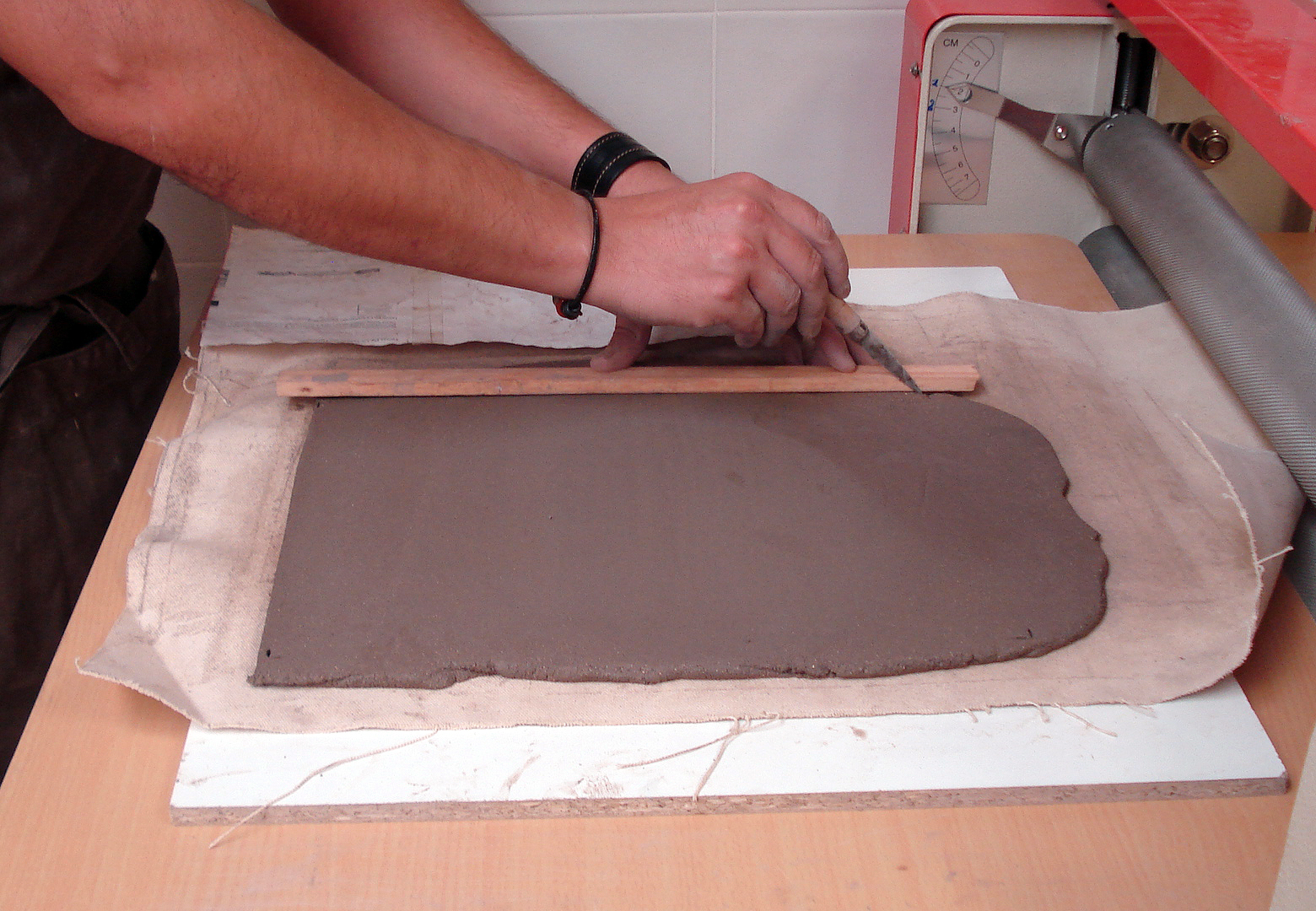 Terp manualitats alfareria ceramica for Ceramica para modelar