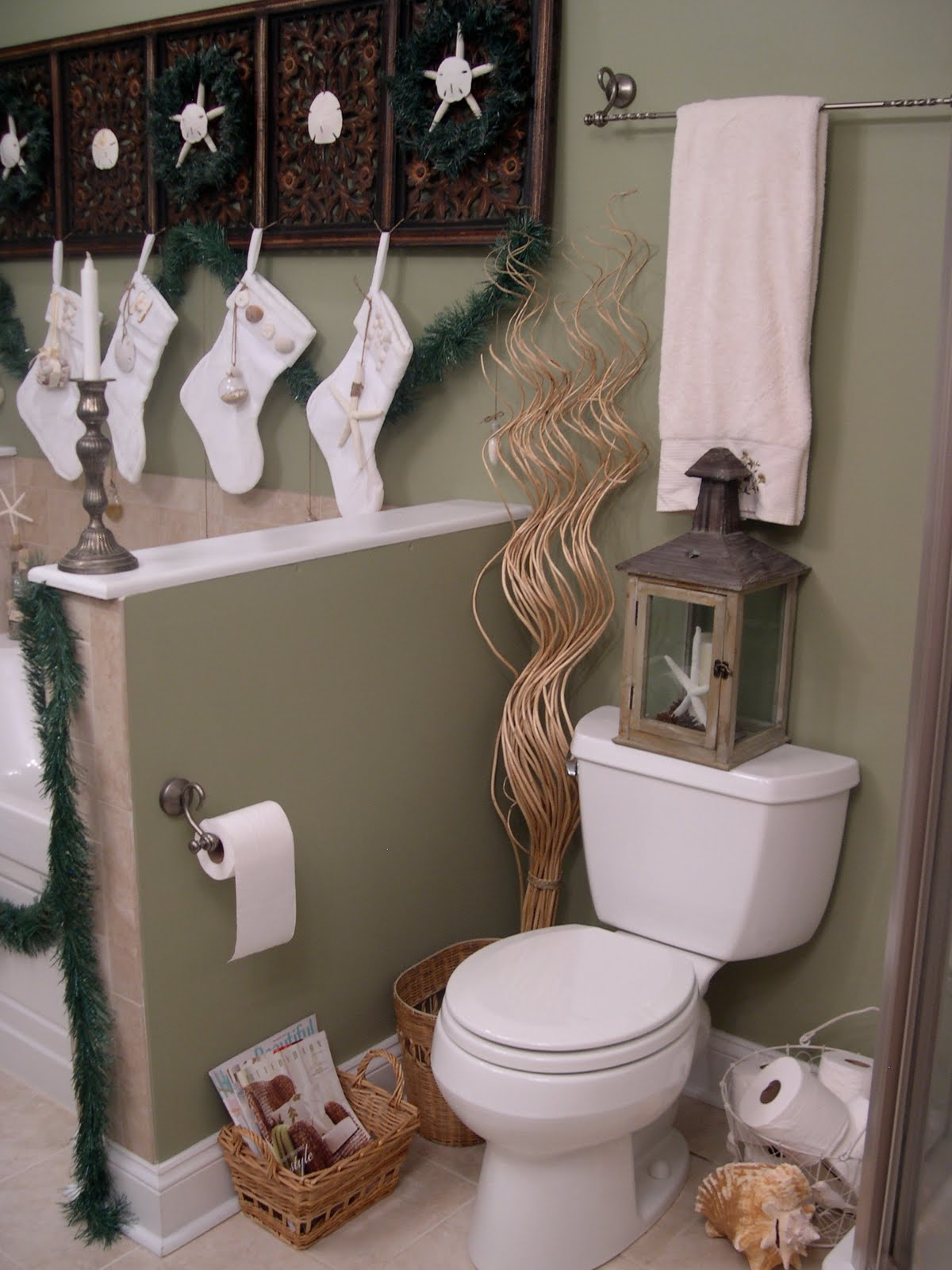 Diy christmas bathroom decor - Diy Christmas Bathroom Decor 32