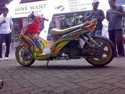 TREND MODIFIKASI SKUTER MATIK 2008 - Motorcycles Modification