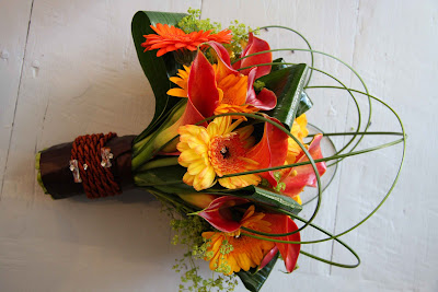 Fall Wedding Bouquet Flowers on Flower Design Events  A Bright Summer Wedding Bouquet To Compliment