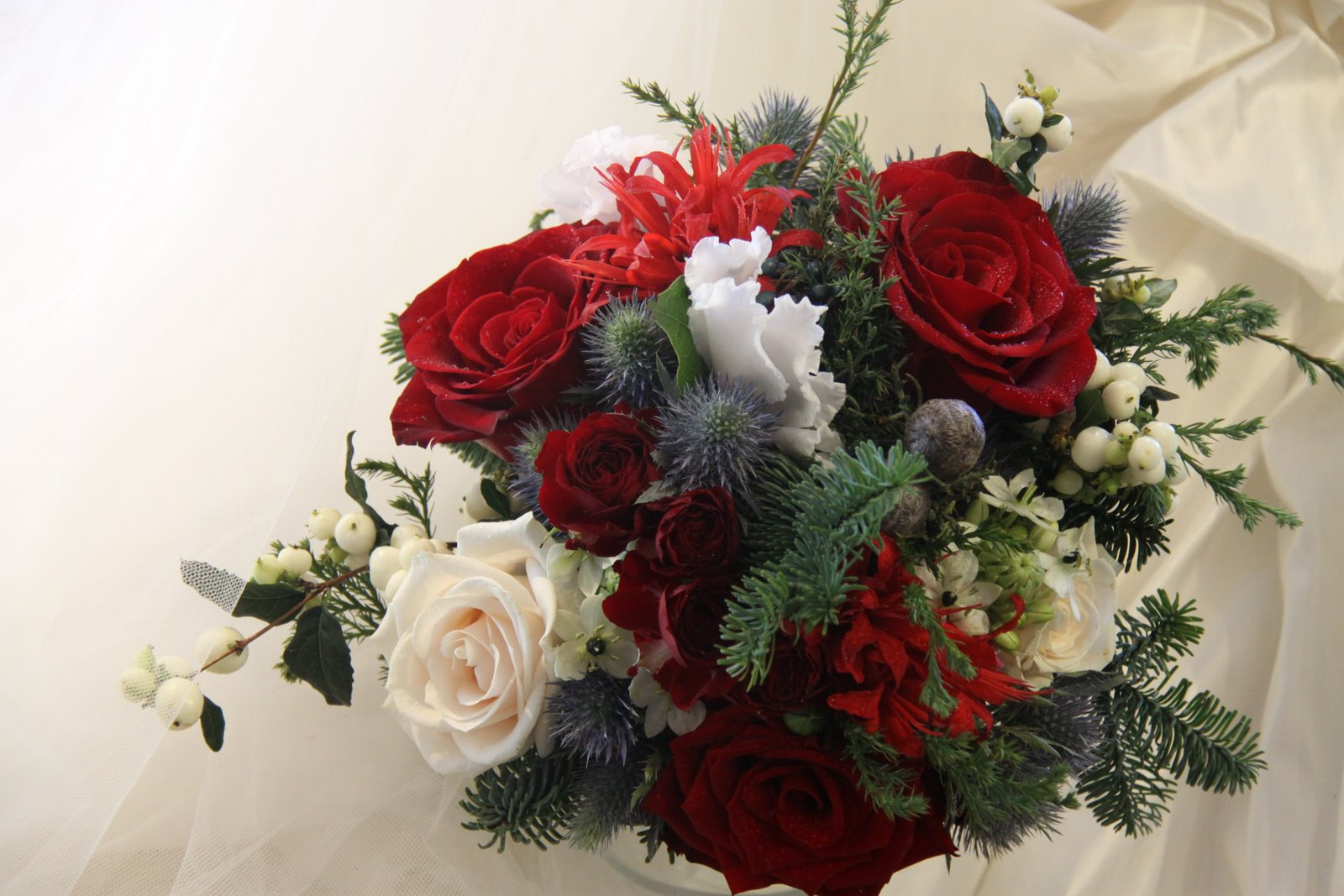 Christmas Wedding Bouquets Ideas : The flower magician christmas wedding bouquet
