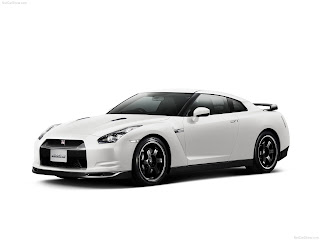 Luxury 2010 NISSAN GT-R SpecV Pictures