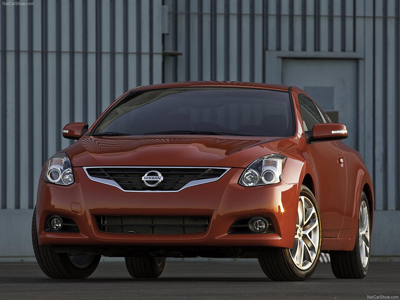 http://3.bp.blogspot.com/_Uo4WUJnySi8/S9HMIZnS_MI/AAAAAAAAACg/5d_iAOYmE28/s1600/Nissan-Altima_Coupe_2010_1280x960_wallpaper_01.jpg