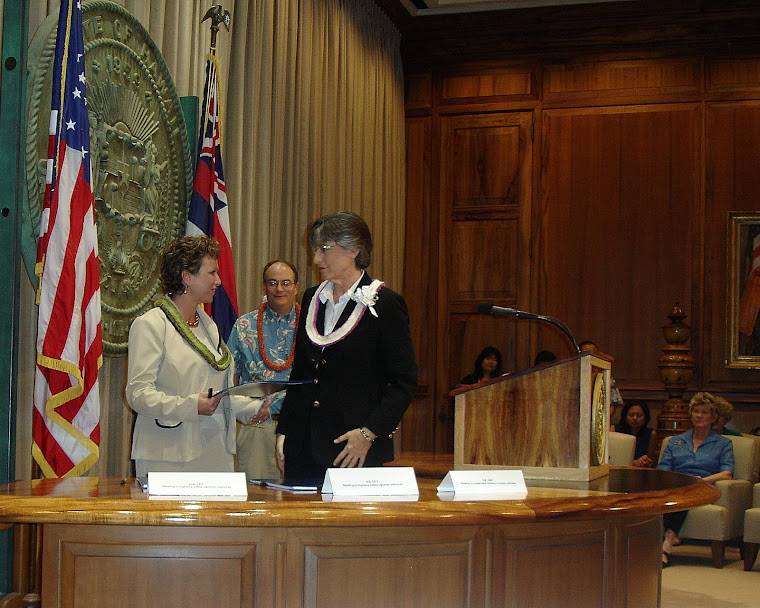 Governor Linda Lingle and Dee Ryan