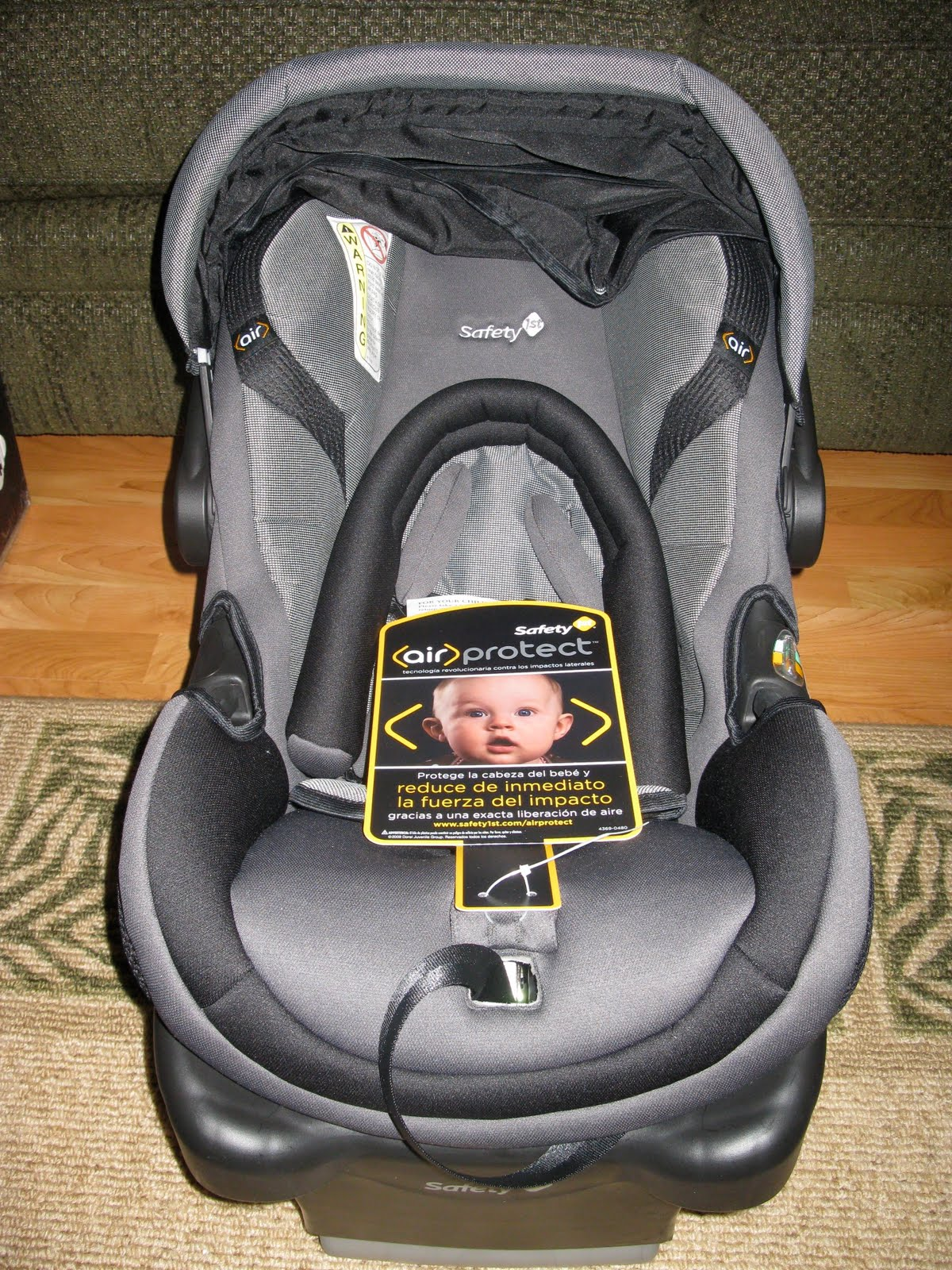Gearing Up For Summer #33: Safety 1st onBoard 35 Air Infant Car Seat
