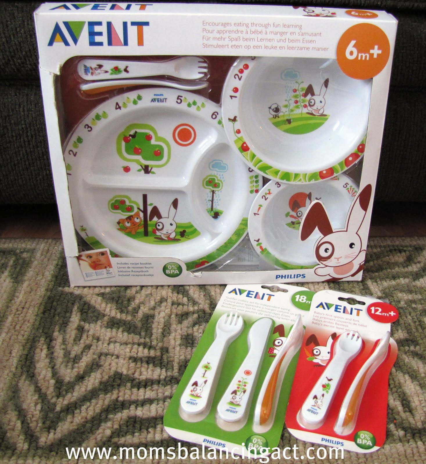 The Philips AVENT Toddler Mealtime Gift Set is meant for children 6m+ and includes 1 ider plate 1 large bowl 1 small bowl 1 toddler fork and 1 toddler ... & Philips AVENT Toddler Feeding Products Review \u0026 Giveaway