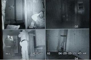 فريق TAPS من صائدي الأشباح أثناء عملهم