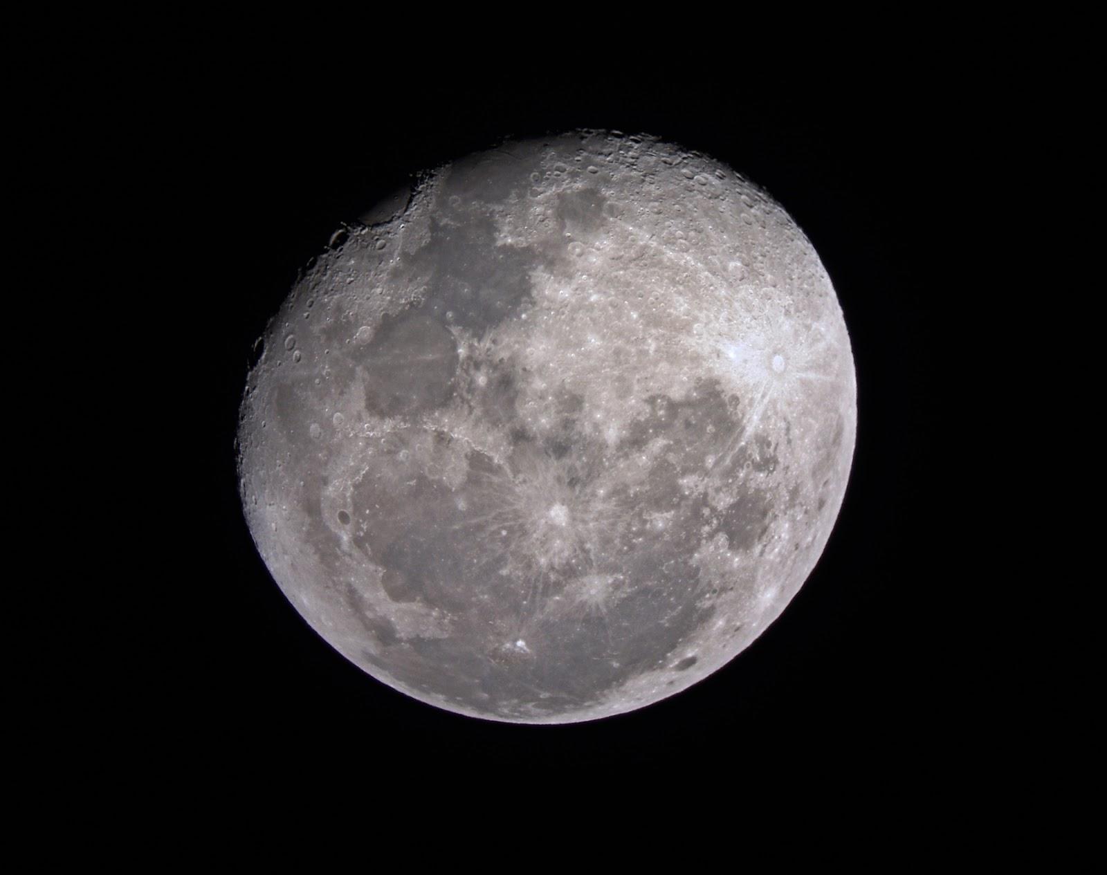 """Phillymanjaro and """"MTM"""": Waning Gibbous Moon 2 Waning Gibbous Moon Phase"""
