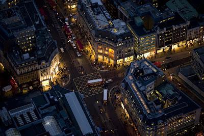 خیابانها و کوچههای و رودخانه بزرگ شهر لندن