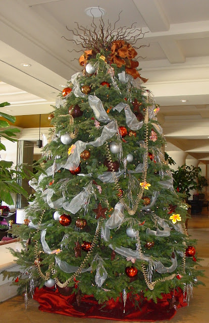 Fabulously Frugal Christmas Decorated Christmas Trees