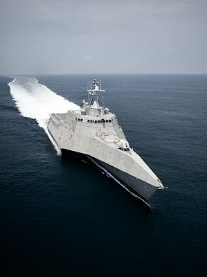 New USS Freedom SKB 2  Seen On www.coolpicturegallery.us