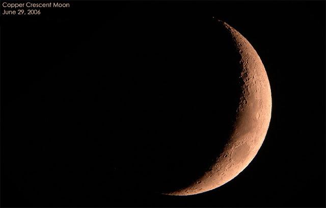 062906 1w Moon Lunar Images