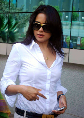 Sameera Reddy Visits Dreams Home NGO in Mumbai unseen pics
