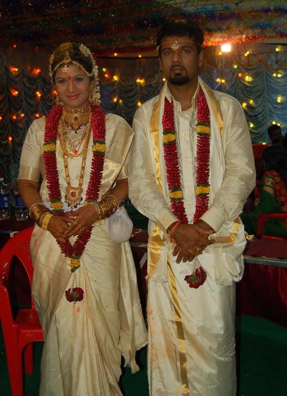 Actress Rambha Wedding Photos title=