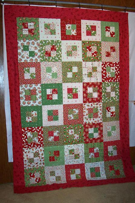 Quilting Patterns For Christmas : Karen s Dolls and stuff: Christmas quilt