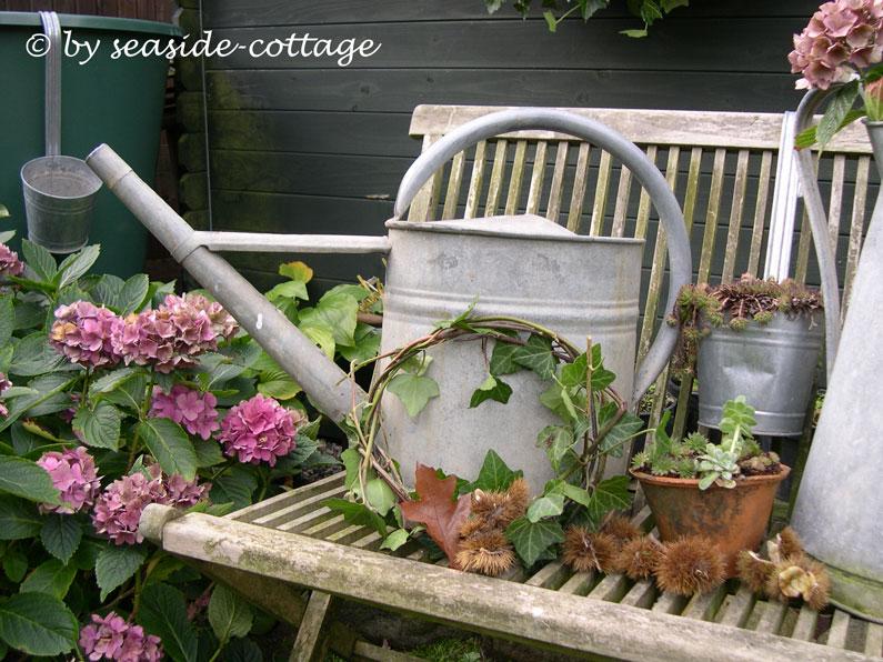 Seaside-Cottage: Herbstliche Garten-Deko