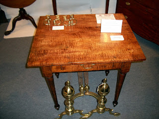 Homer 39 s odd isn 39 t he winter antiques show washington dc for Table th odd
