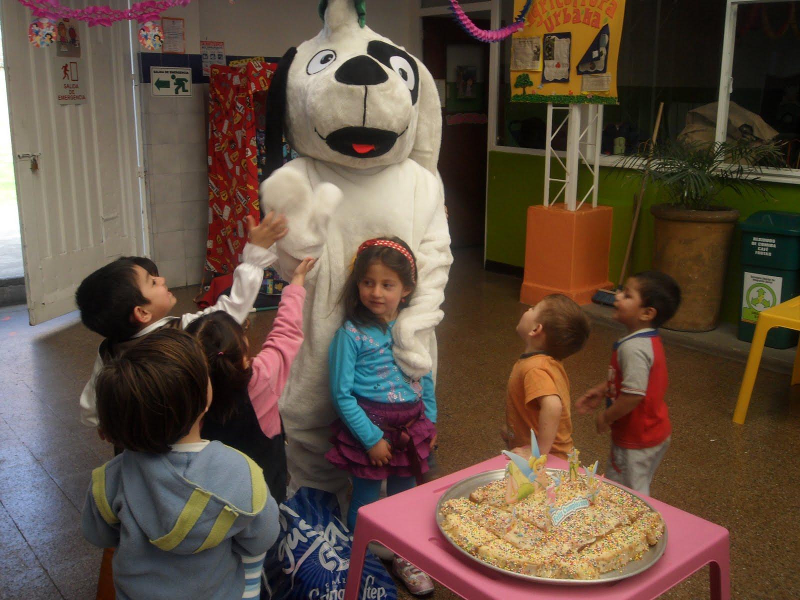 Subdirecci n local barrios unidos celebrando el halloween for Jardin infantil serrano 78