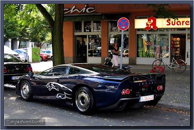 Jaguar XJ220 Supercar