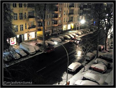 2am_Snow