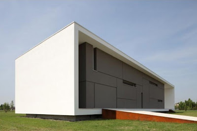 Minimalist House Plans Ideas in Italy
