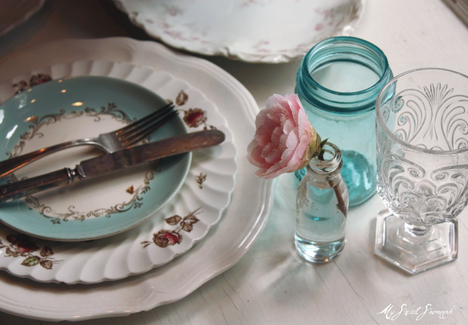 & My Sweet Savannah: ~vintage table settings~