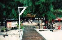 Pintu masuk, Pantai di Pulau Sepa