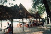 Gazebos, Pantai di Pulau Sepa