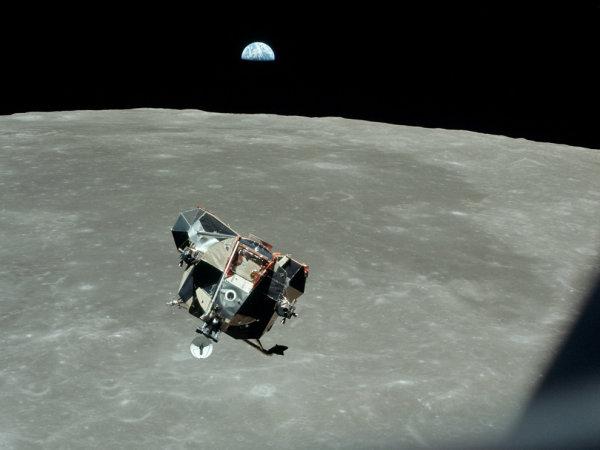 !!! Eagle levando Armstrong e Aldrin