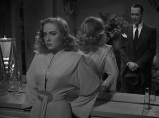Audrey Totter y Robert Montgomery en 'La dama del lago'