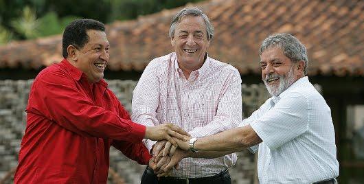 Hugo Chávez, Néstor Kirchner y Lula da Silva en Brasilia, el 19 de enero de 2006