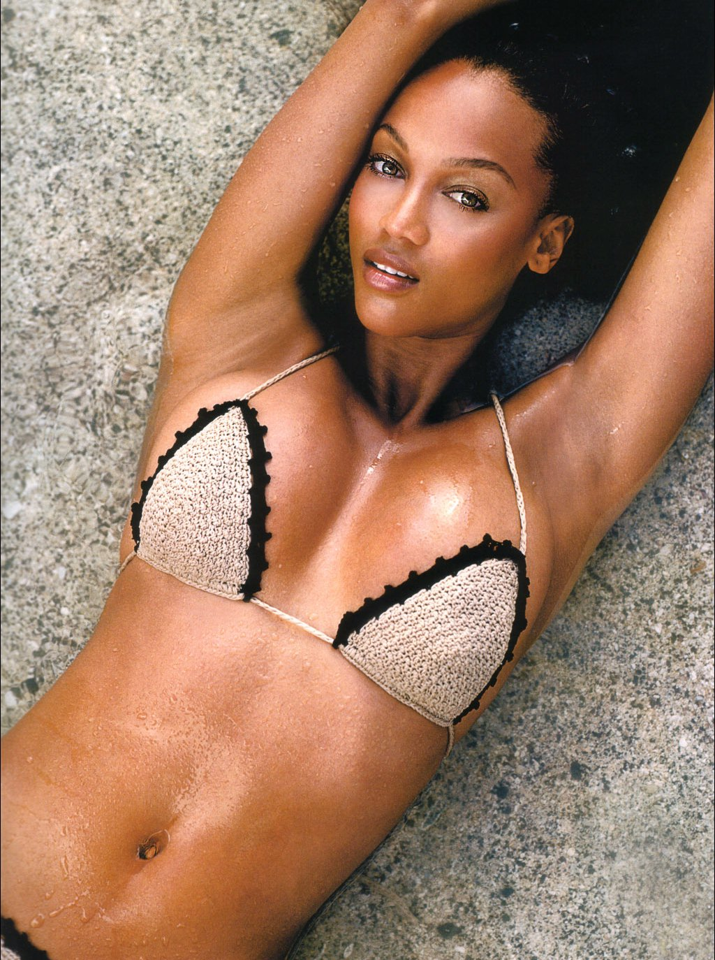 Tyra Banks Sexy Photo