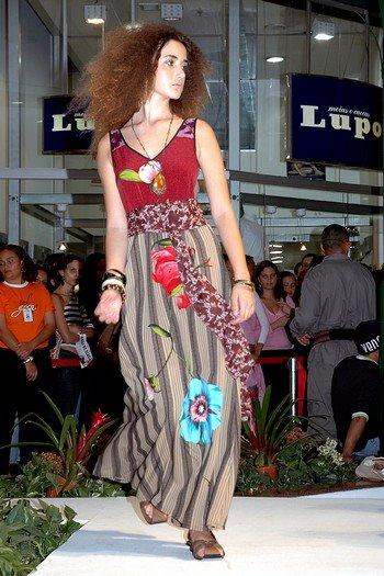 Acho que este vestido merece uma foto maior
